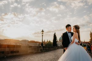 2ofus-weddings-Prague-engagement-portrait-colekor-010