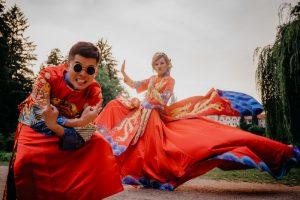 2ofus-weddings-Prague-engagement-portrait-colekor-096