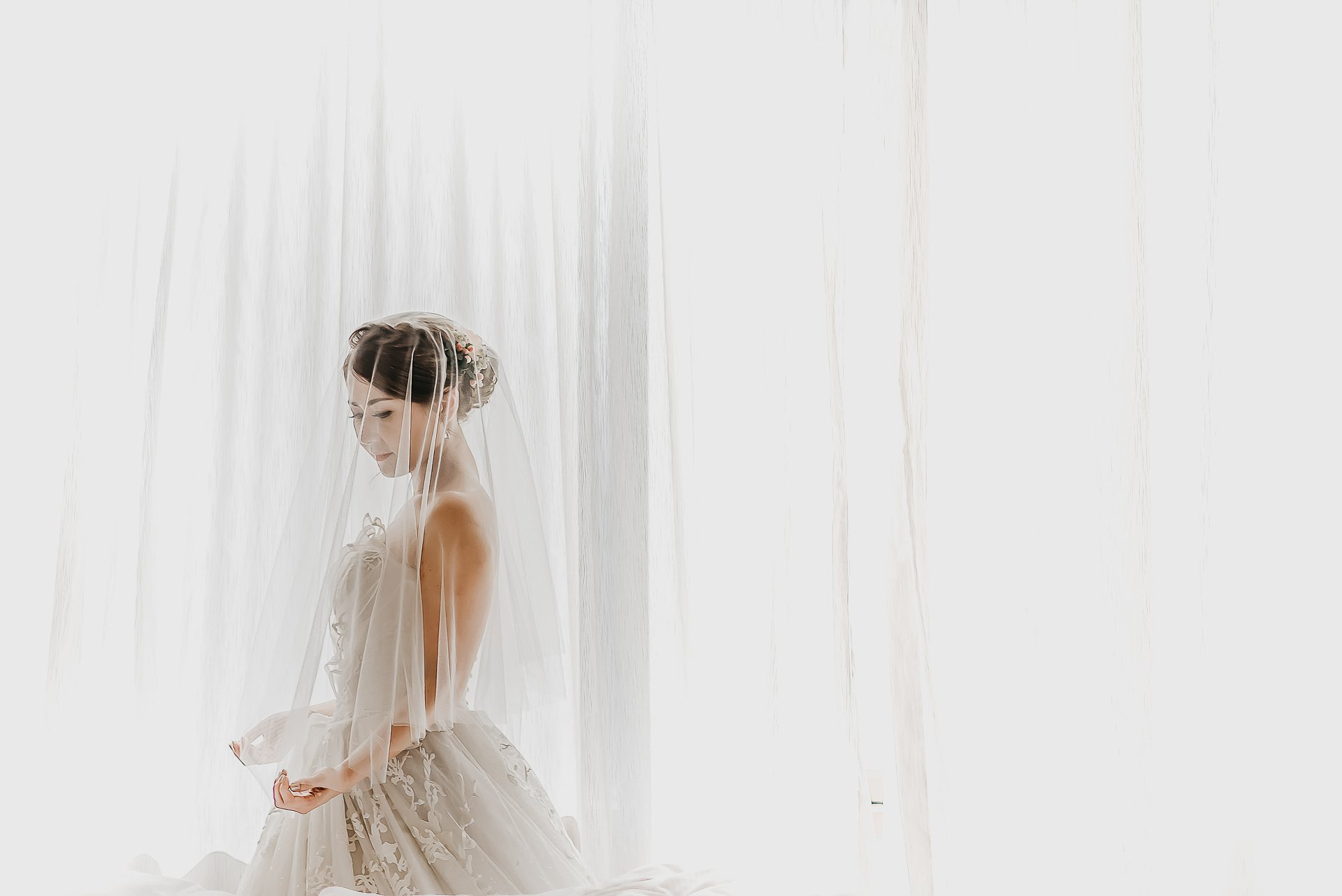 Good wedding photography tips shared by top wedding photographer singapore